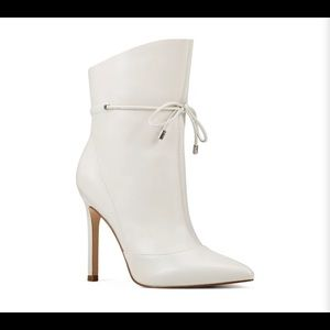 NWB Nine West Leather Booties
